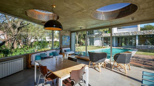 grupo-urban-casa-del-bosque-forest-house-cordoba-argentina-designboom-03