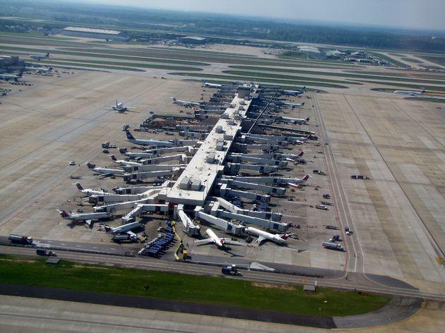 Hartsfield-Jackson_Atlanta_International_Airport_(7039221803)