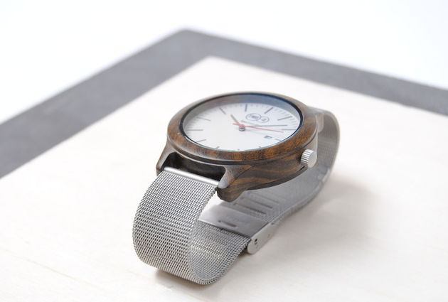 hout-two-o-watches