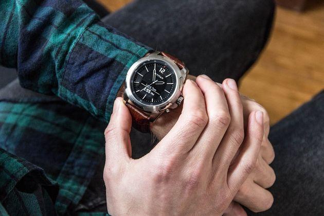 hp-smartwatch-titan-juxt-1