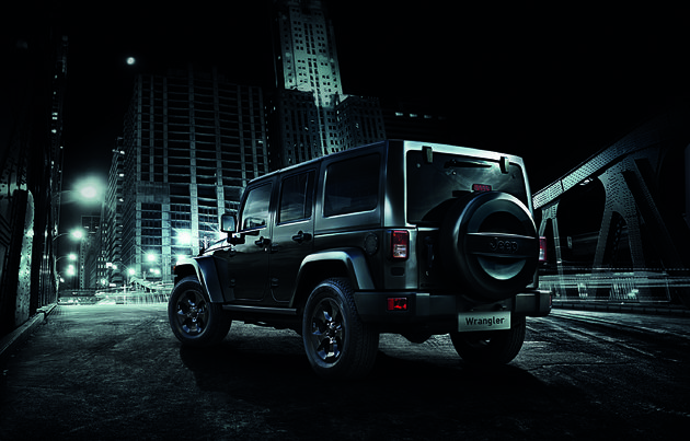 Jeep_Wrangler_Black_Edition_2