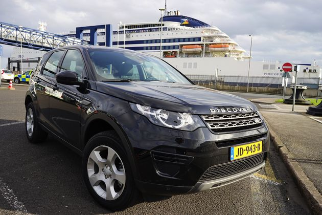 Land Rover Discovery Sport -18- CarRepublic - Wouter Spanjaart