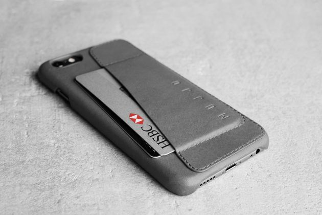 Leather-Wallet-Case-80°-for-iPhone-6-Gray-Lifestyle-504