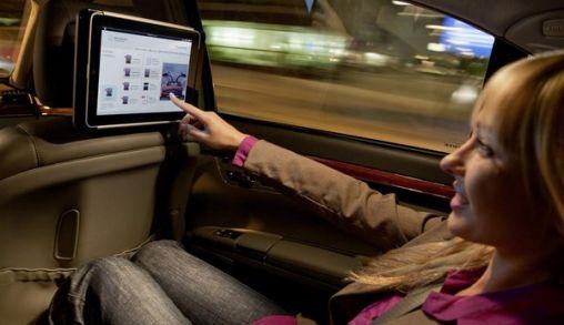 Mercedes-Benz komt ook met iPad dock