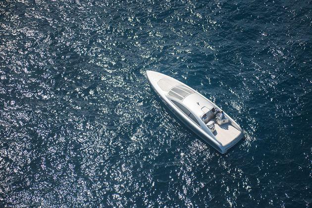 mercedes-benz-yacht-05-960x640