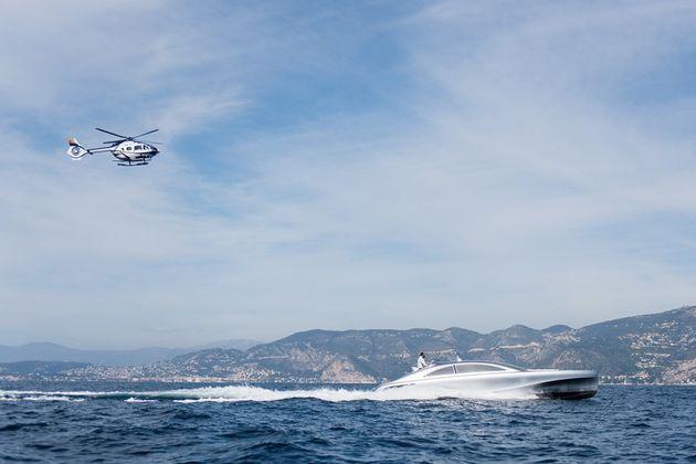 mercedes-benz-yacht-08-960x640
