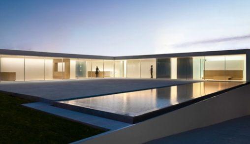 Minimalistisch Huis van Architect Fran Silverstre