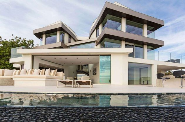 Moderne-Mansion-Hollywood-3