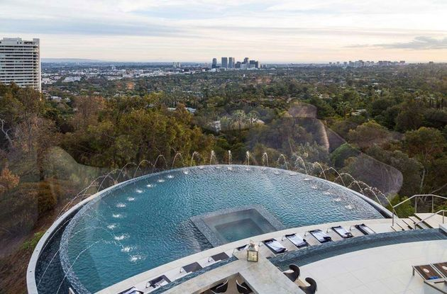 Moderne-Mansion-Hollywood-6