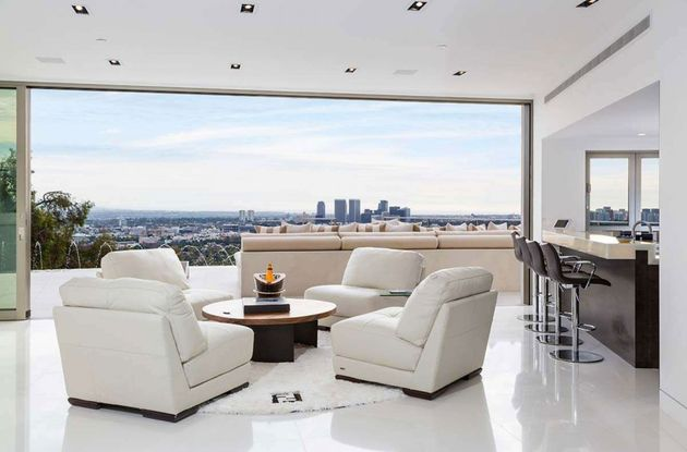 Moderne-Mansion-Hollywood-7