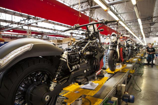 Moto_Guzzi_GXM_factory