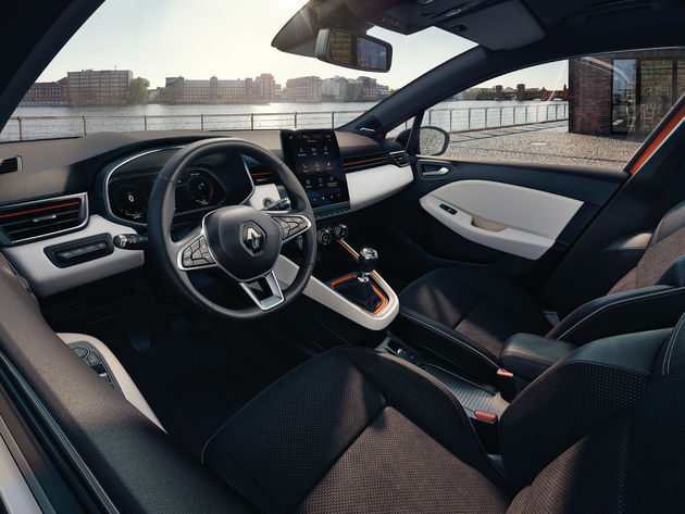 New_Renault_Clio_Intens_no1_interieur