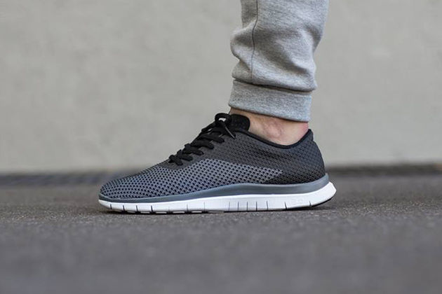 nike-free-hypervenom-low-black-cool-grey-