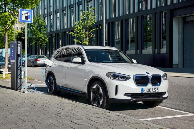 Opladen BMW iX3