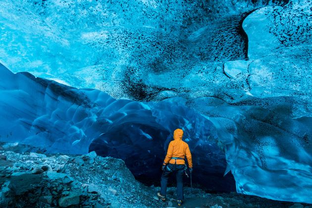 orig_Sony_Guides_Ice_Caves-1