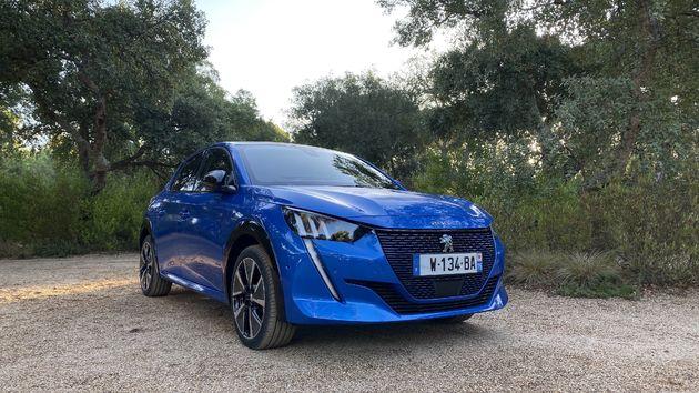 Peugeot_e208_Blue_6
