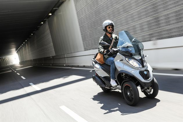 piaggio-mp3-350-action-7-