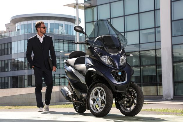 piaggio-mp3-500-hpe-business-ambient-10-