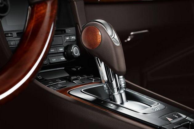 porsche-exclusive-carrera-s-cabriolet-wooden-trim-06