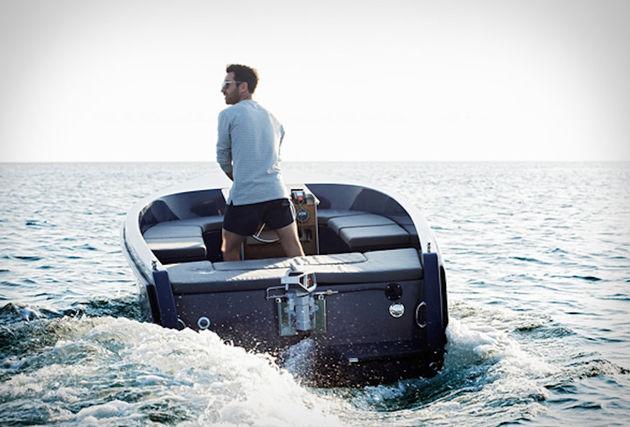 rand-picnic-boat-13