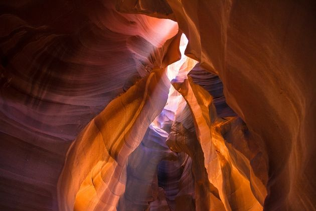 rotsen-antelope-canyon