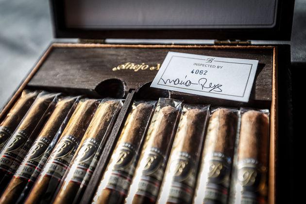 royal-agio-cigars-2