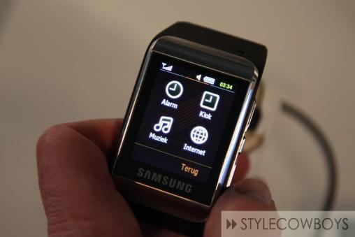 Samsung S9110 Watch Phone 2