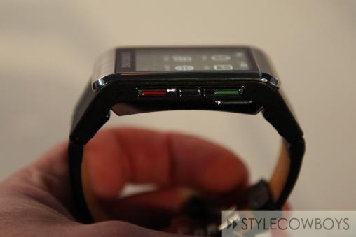 Samsung S9110 Watch Phone 3