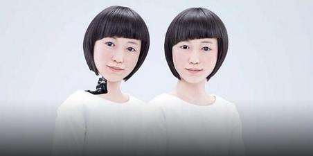 Japans-hotel-robots