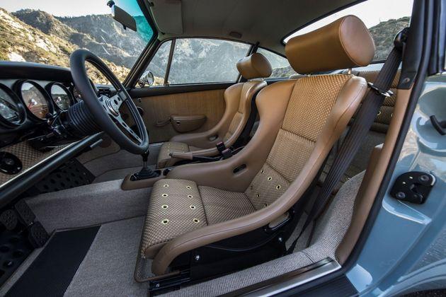 singer-vehicle-design-porsche-911-4a-