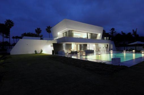Sotogrande-House-02-750x497