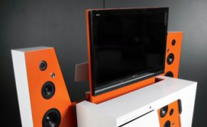 Super gave Boxettie Home Theatre