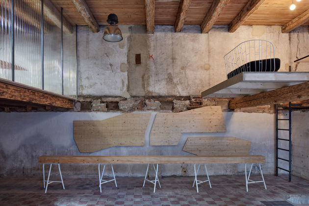 the-distillery-kogaa-studio-interiors-offices-czech-republic-co-working_dezeen_1704_col_12