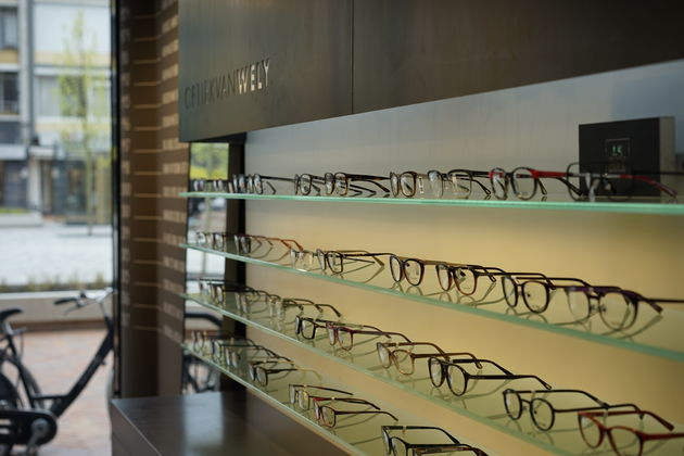 van-wely-opticien-optiek