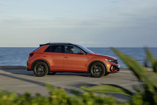 Volkswagen_T-Roc_R_2