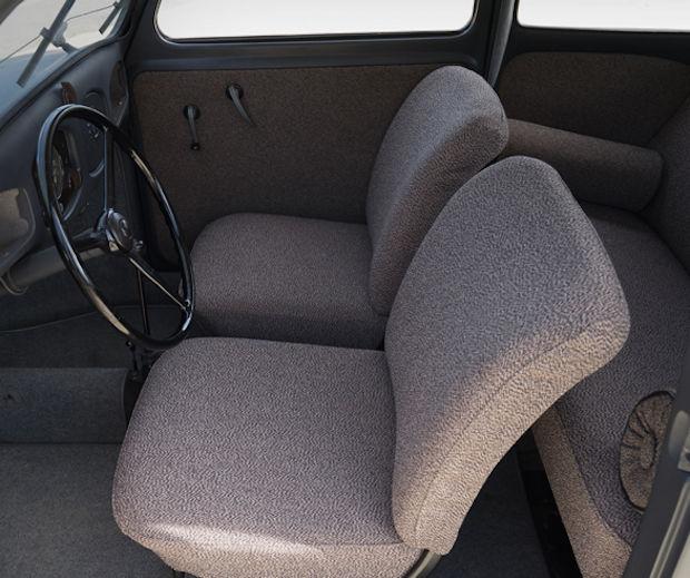 VW-Beetle_interieur1