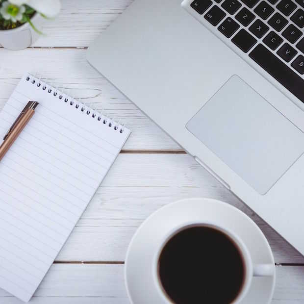In 5 stappen een perfect opgeruimd en gestyled bureau