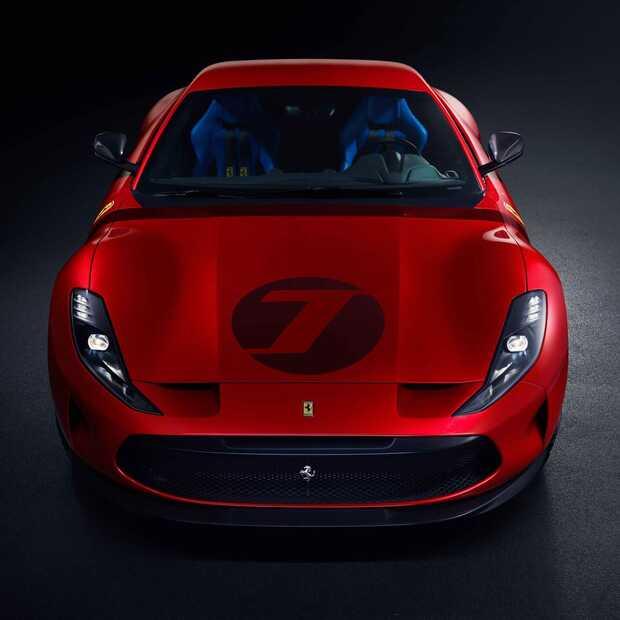 Ferrari Omologata, iemand is heel erg rijk en gelukkig