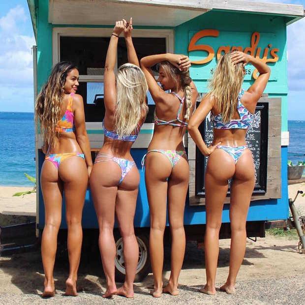 Deze 13 bikinimodellen genieten nog volop van de zomer!