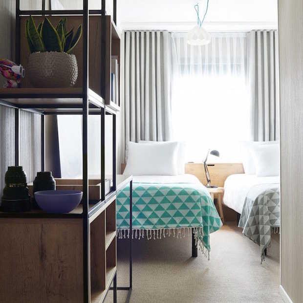 Drijvend pop-up-hotel in Amsterdam