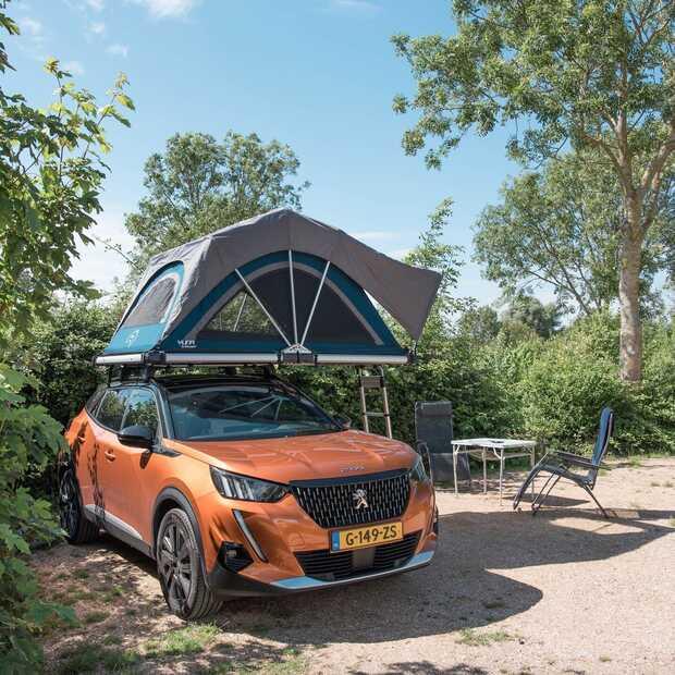 Dit zijn de vijf voordelen van kamperen met een daktent