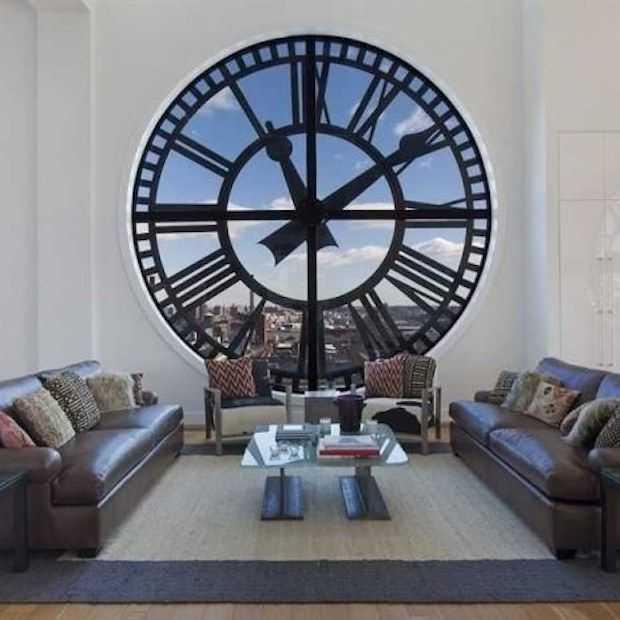 Deze klokkentoren is omgetoverd tot penthouse!