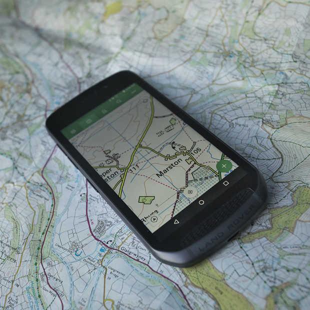 De outdoor smartphone van Land Rover vanaf 24 mei beschikbaar