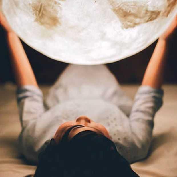 Waar kun je terecht als je de maan in huis wilt halen?