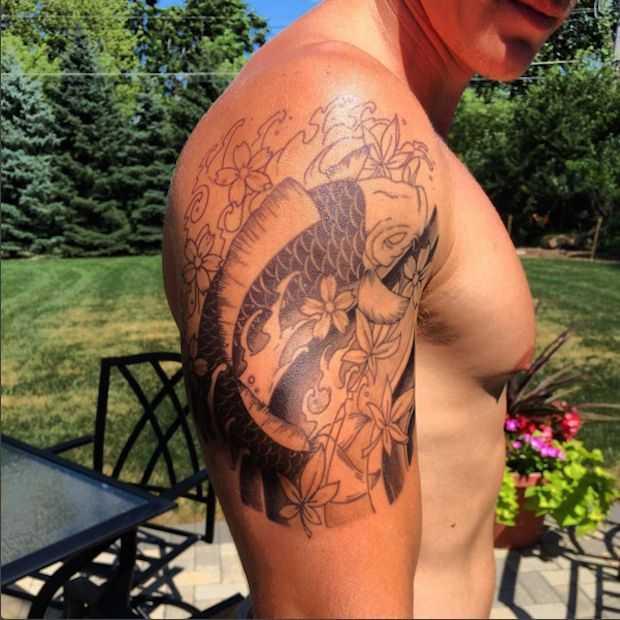 Een tijdelijke tattoo met Momentary Ink