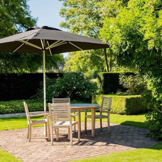 Maak je tuin of terras zomerklaar met een mooie parasol