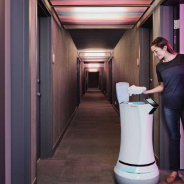 SaviOne: de roomservice robot!