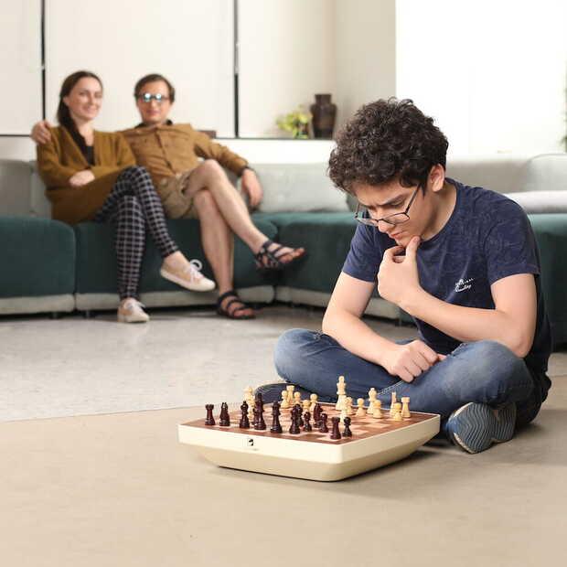 Dit revolutionaire schaakspel is groot succes op Kickstarter