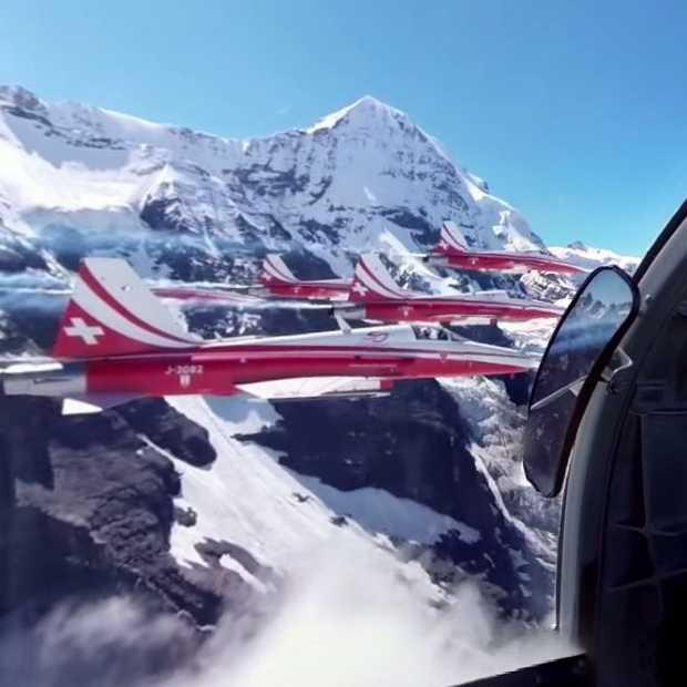 Video: 360° Experience in een Fighter Jet van Patrouille Suisse