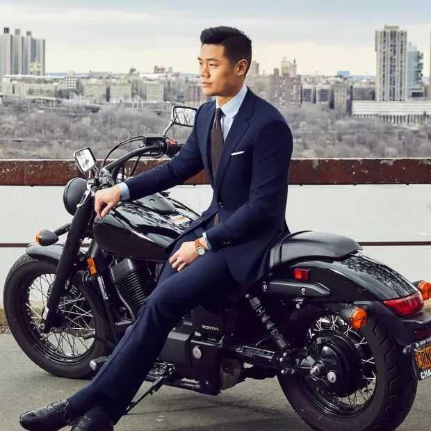 Het 'Traveler Suit' is immuun voor kreukels, vlekken en zweet